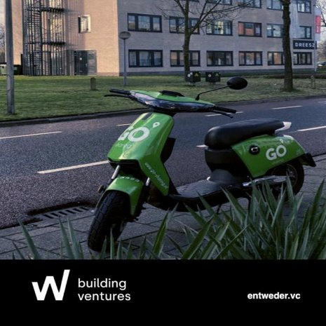 Visit Dreesz Deventer with GO Sharing scooters